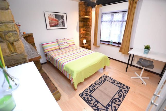 Thumbnail Terraced house to rent in Stothard Street, London