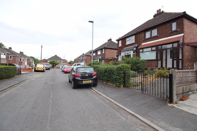 Thumbnail Semi-detached house to rent in Aldersley Avenue, Blackley, Manchester