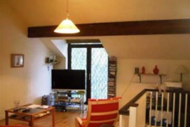 Thumbnail Town house to rent in Crossgate Mews, Stockport, Cheshire