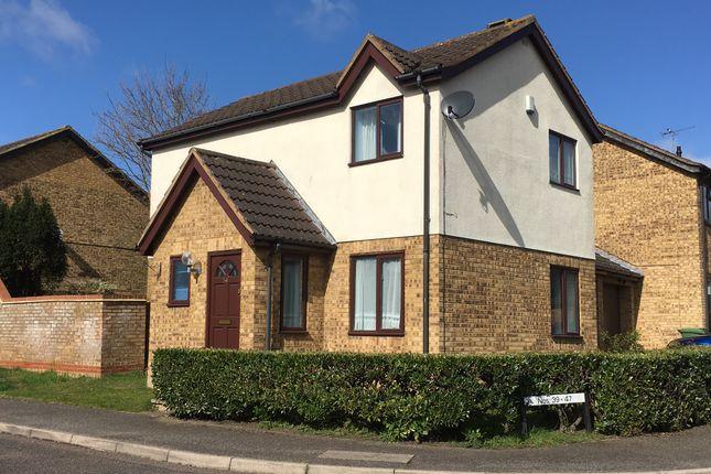 Thumbnail 3 bed detached house to rent in Lullingstone Drive, Bancroft Park, Milton Keynes, Buckinghamshire
