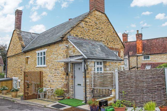 2 bed maisonette to rent in Acreman Street, Sherborne, Dorset DT9