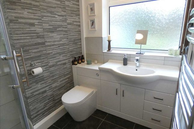 Shower Room of Emfield Grove, Scartho, Grimsby DN33