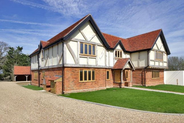 Thumbnail Detached house for sale in Pagehurst Road, Marden Thorn, Kent