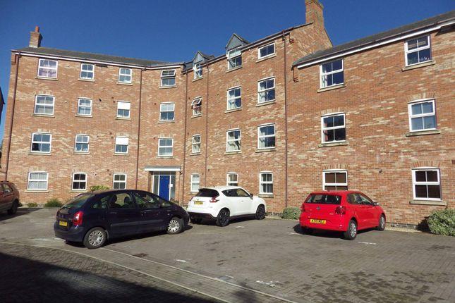 Thumbnail Flat to rent in Crowell Mews, Aylesbury, Buckinghamshire