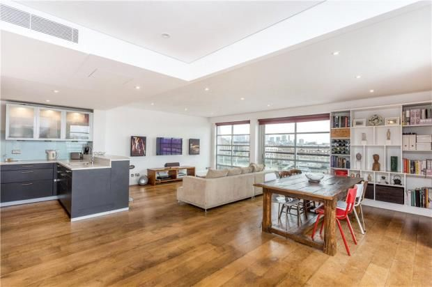 4 bedroom flat for sale in Spice Quay Heights, 32 Shad Thames, London
