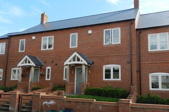 3 bed terraced house to rent in Coates Gardens, Charlton Kings, Cheltenham