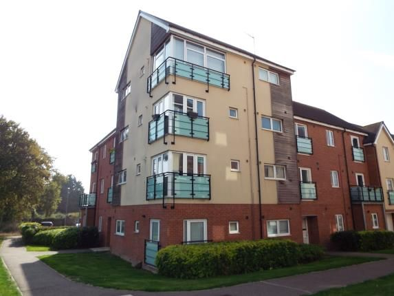 Thumbnail Flat for sale in Leyland Road, Dunstable, Bedfordshire, England