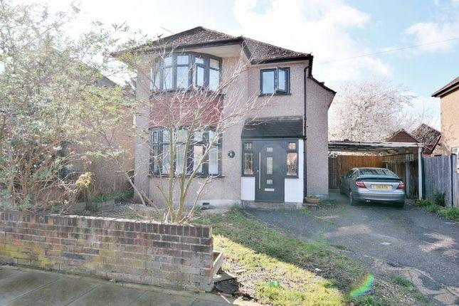 4 bed detached house to rent in Hamilton Road, Cowley, Uxbridge UB8