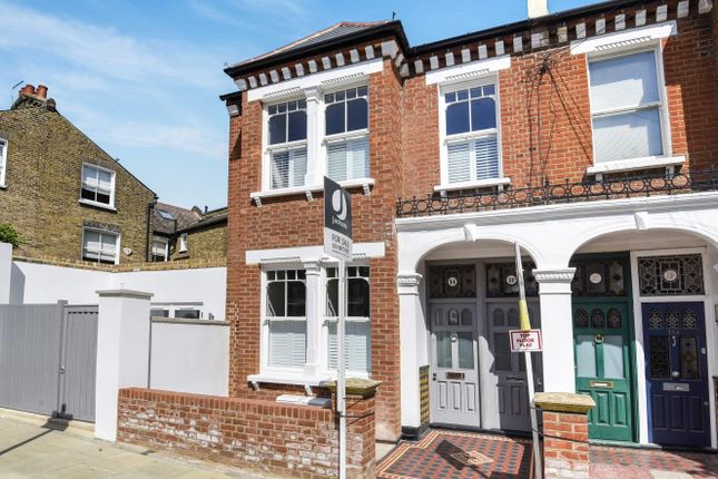 Thumbnail Maisonette for sale in Mandalay Road, London