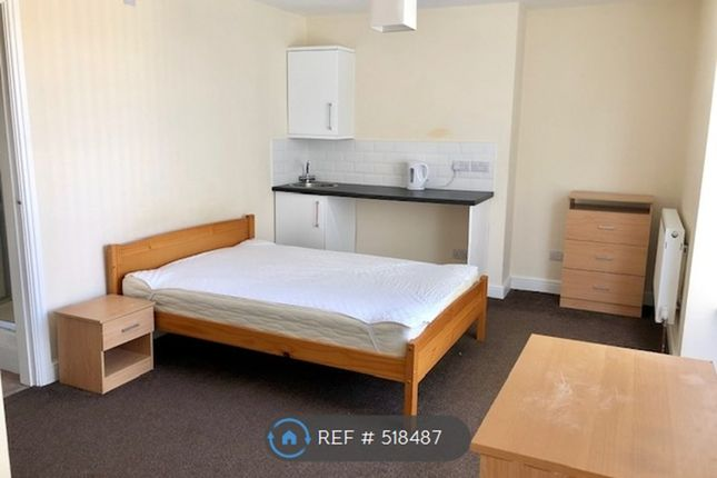 Thumbnail Room to rent in Albert Avenue, Hull