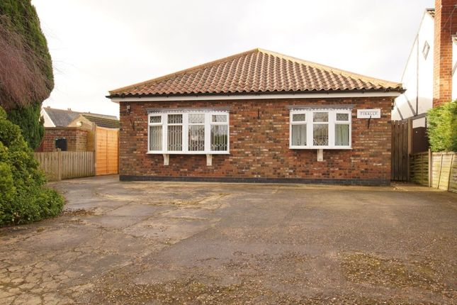 Thumbnail Bungalow for sale in Vicarage Road, Wrawby, Brigg
