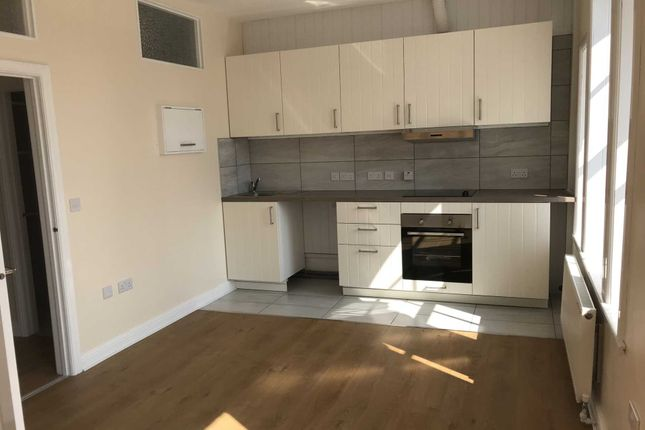 1 bed flat to rent in Fore Street, Chard TA20