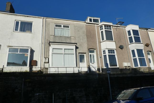 Thumbnail Flat to rent in King Edwards Road, Swansea