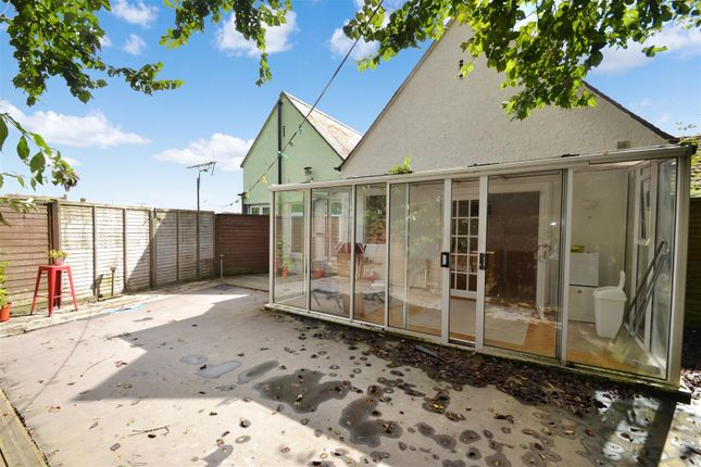 Thumbnail Flat for sale in Webber Street, Falmouth