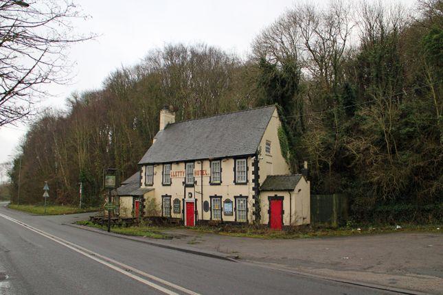 Thumbnail Pub/bar for sale in Coast Road, Holywell
