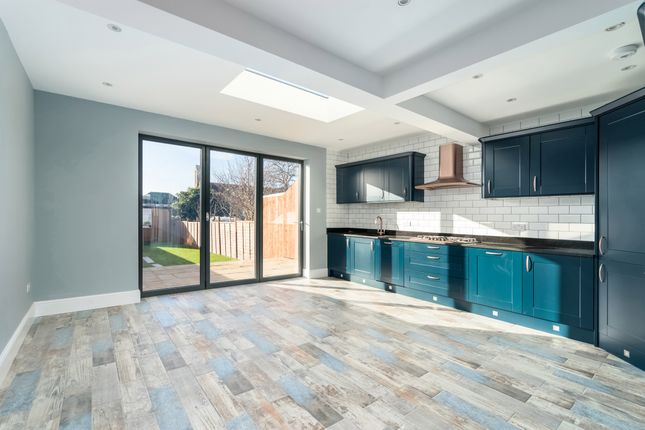 Thumbnail Terraced house for sale in Milton Road, Mitcham