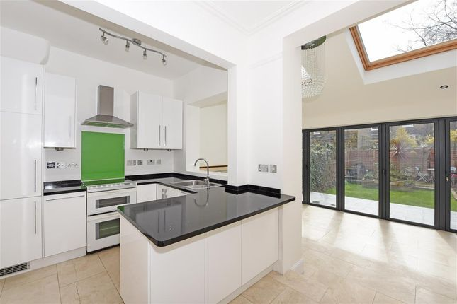 Main Picture of Gordondale Road, London SW19