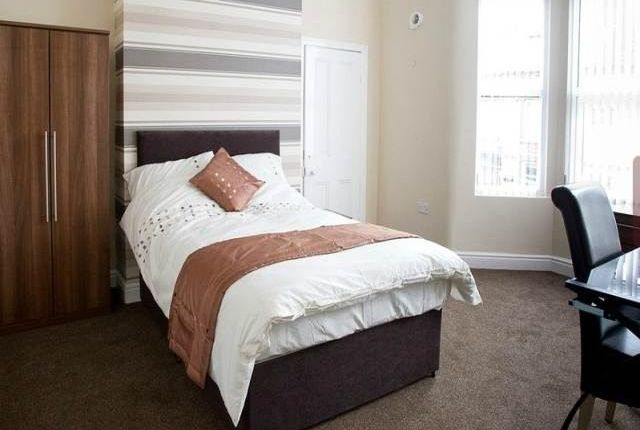Thumbnail Shared accommodation to rent in Cranborne Road, Wavertree, Liverpool
