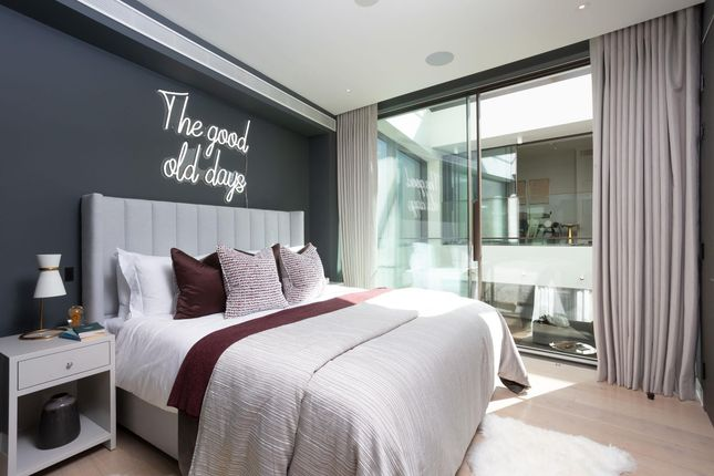 Image of Townhouse 5, The London, 22C Beaumont Mews, Marylebone, London W1G
