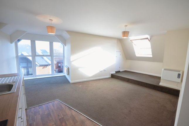 Thumbnail Flat to rent in The Gatehouse, Market Street Lane, Blackburn