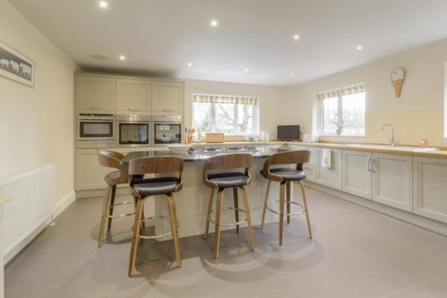 Thumbnail Detached house for sale in Plantation Road, Leighton Buzzard, Bedfordshire