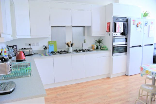 Thumbnail Semi-detached house to rent in Wilmslow Road, Withington
