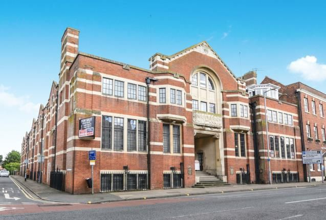 Thumbnail Flat for sale in Surman Street, Worcester, Worcestershire
