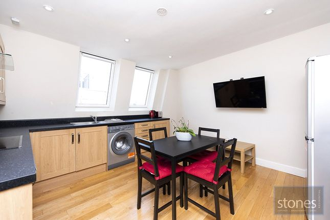 3 bed property to rent in Camden Road, London N7