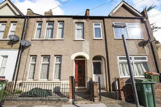 Thumbnail Terraced house for sale in Chadwin Road, London
