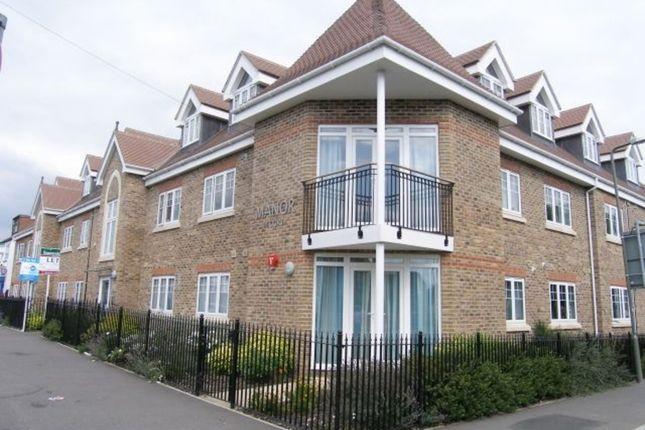 Thumbnail Flat to rent in Thorpe Road, Egham