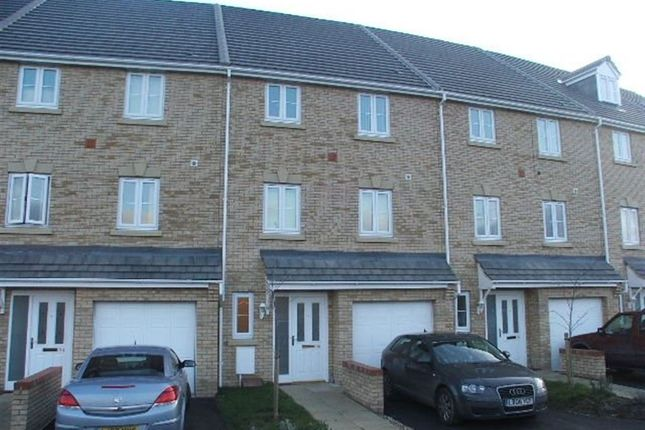 Thumbnail Property to rent in Boleyn Ave, Sugar Way, Peterborough