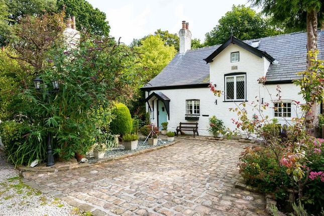 Thumbnail Cottage for sale in Flash Lane, Rufford, Ormskirk