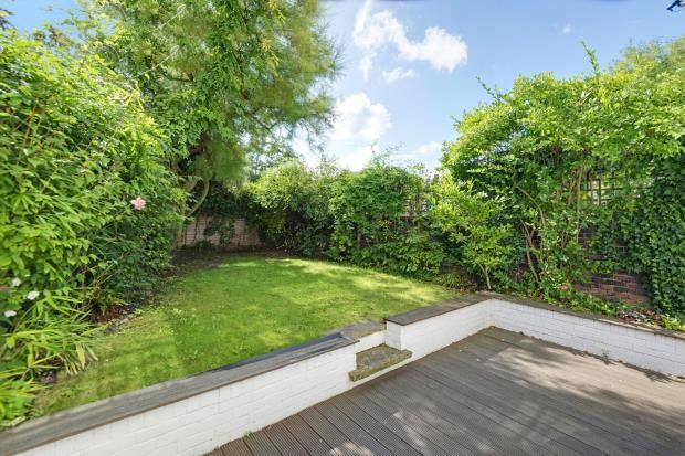 2 bed flat for sale in Belsize Road, South Hampstead, London