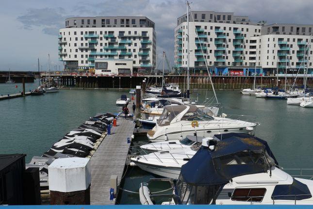 Thumbnail Flat to rent in Western Concourse, Brighton Marina Village, Brighton
