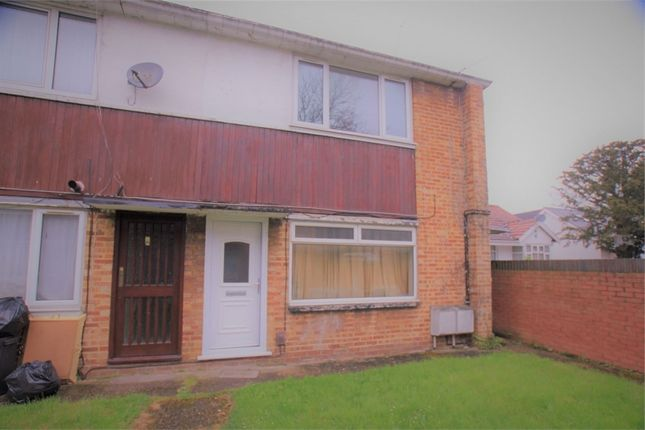Thumbnail Flat to rent in Masefield Lane, Yeading, Hayes