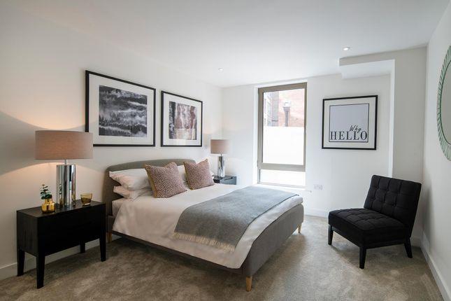 2 bed flat for sale in Hope Street, Battersea, London SW11