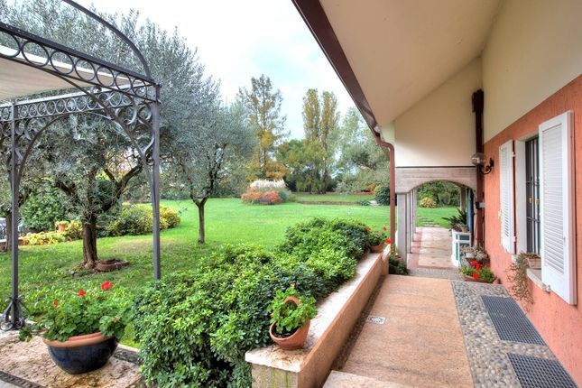 Ref. 5173 of Sirmione, Brescia, Lombardia