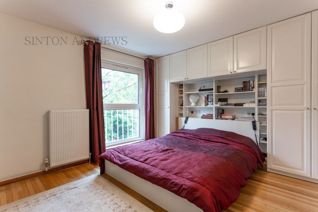Photo 8 of Mount Park Road, Ealing W5