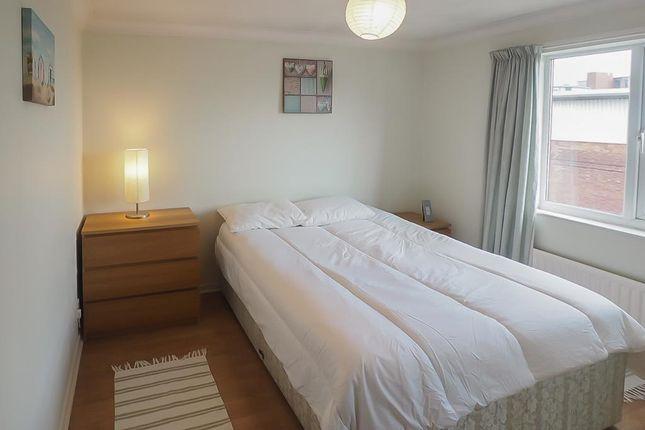 Bedroom of Kingston Street, Marina, Hull, East Riding Of Yorkshire HU1