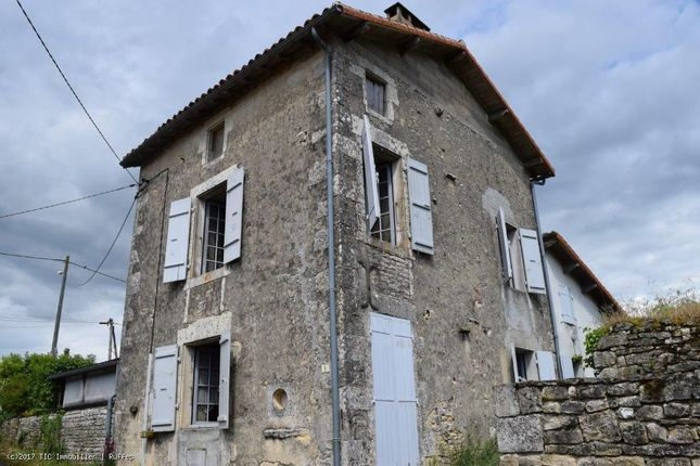 2 bed property for sale in Barro, Poitou-Charentes, 16700, France