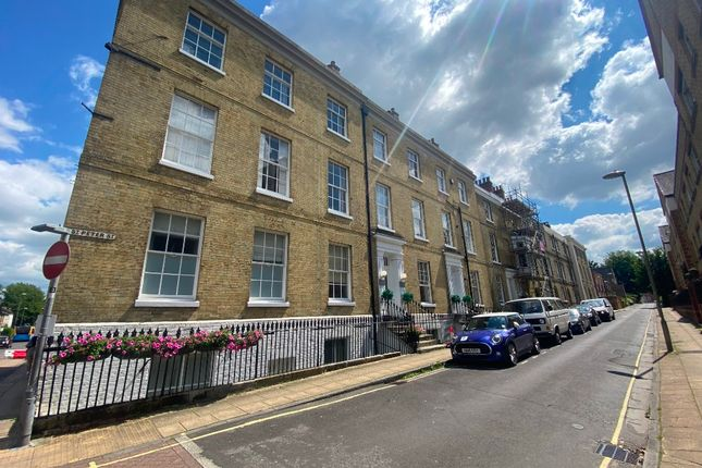 Thumbnail Flat to rent in St Peter Street, Winchester