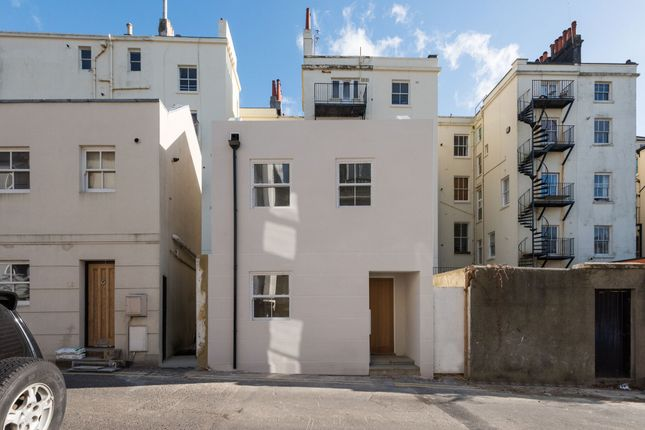 Thumbnail Detached house for sale in Farm Road, Hove