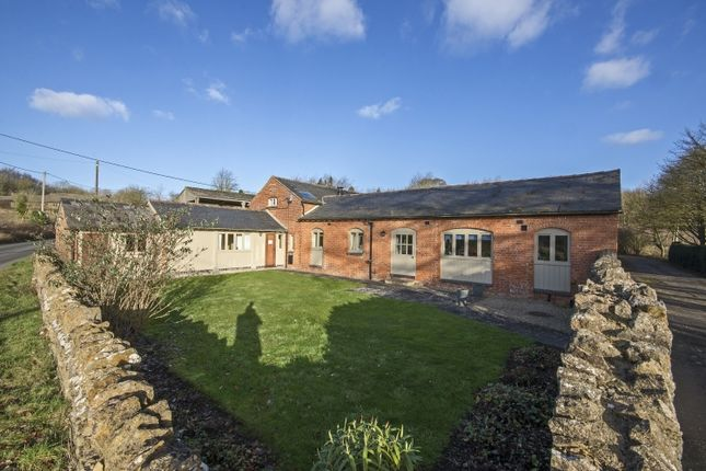 Thumbnail Barn conversion to rent in Main Road, Fawler, Chipping Norton
