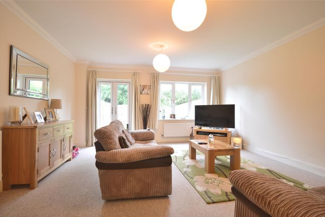 Thumbnail Terraced house to rent in Horley, Surrey