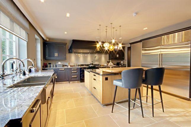 Kitchen of Cobden Hill, Radlett WD7