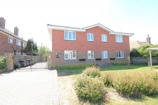 Thumbnail 2 bed flat for sale in Orchard Court, 13 Barnhorn Road, Bexhill On Sea