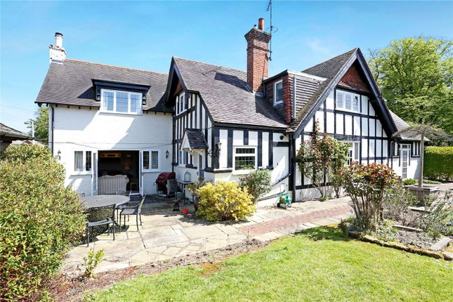Thumbnail Detached house for sale in Lower Cookham Road, Maidenhead, Berkshire