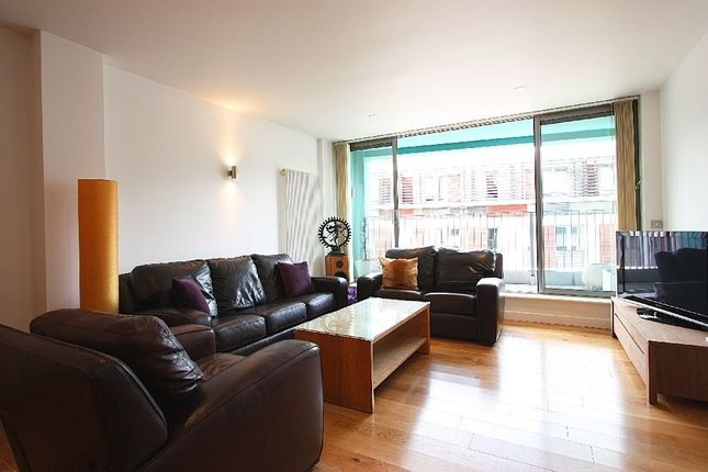 Thumbnail Property for sale in Plumbers Row, London