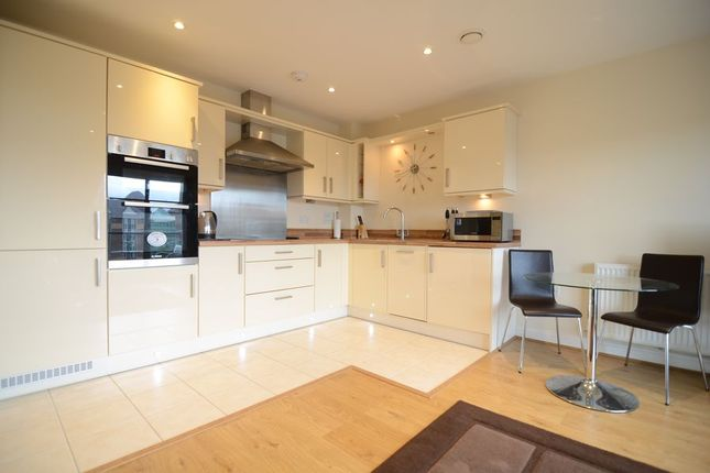 Thumbnail Flat to rent in Farnborough Road, Farnborough