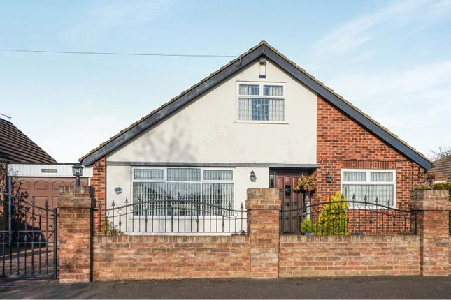Thumbnail Detached house for sale in The Crescent, Holton Le Clay, Grimsby